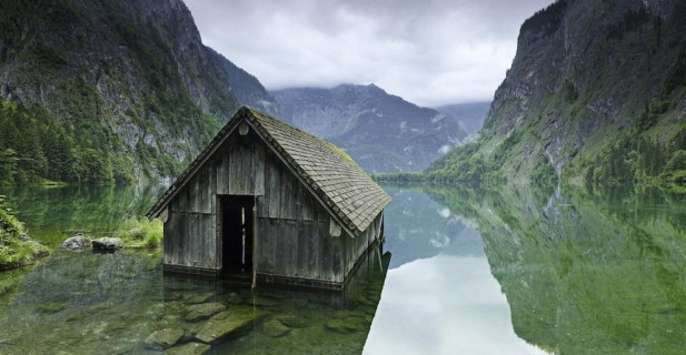 The-33-Most-Beautiful-Abandoned-Places-In-The-World-6